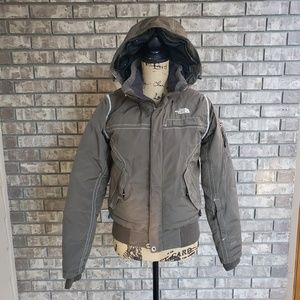 North Face Hyvent 600 olive green cropped parka